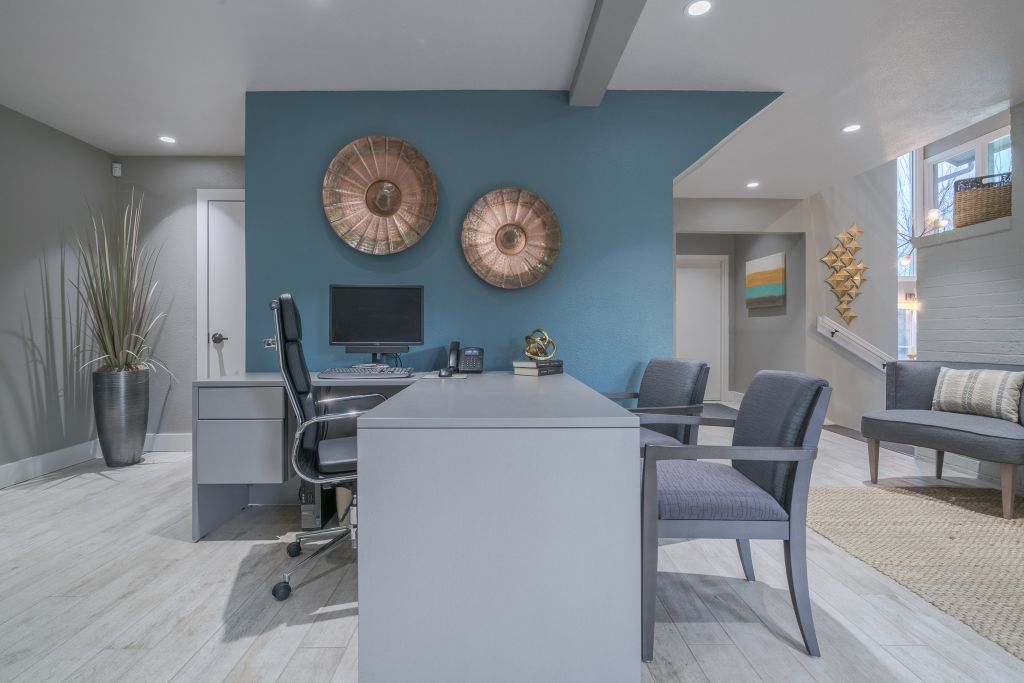 Leasing desk interior design at Falls on Bull Creek in Austin, TX