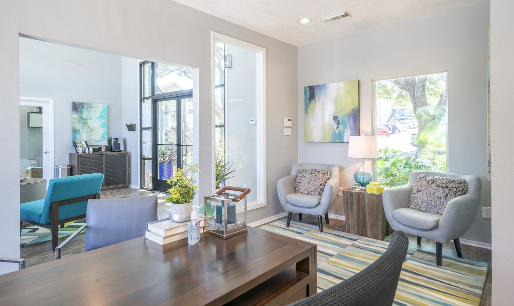 Professional office design for Breakers on the Lake rentals in Austin, Texas